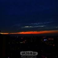 城市彩云带