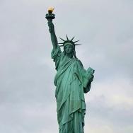 美国--自由女...