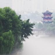 雾锁百花潭